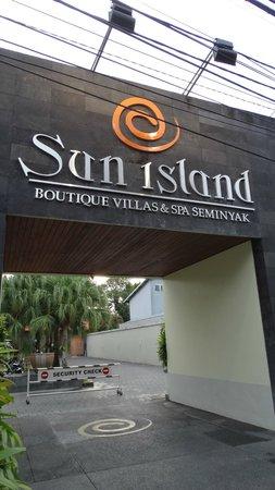 Sun Island Boutique Villas & Spa : l'entrée