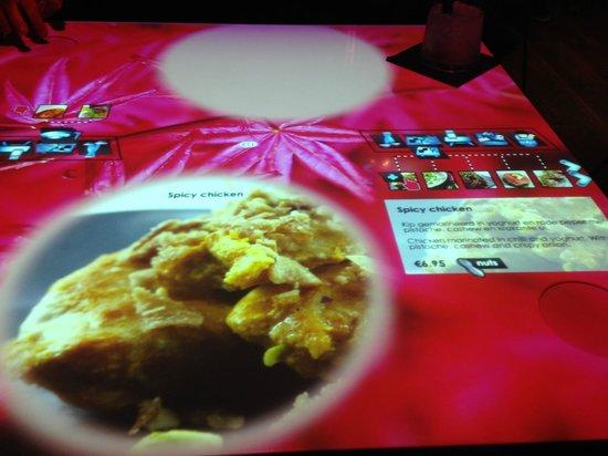 Izkaya Asian Touch Table Restaurant: Table