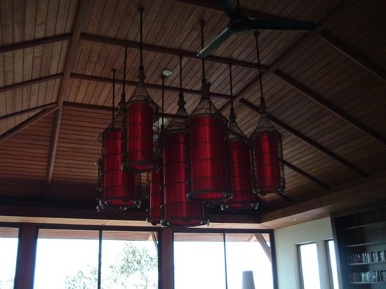 Pimalai Resort and Spa: The new dining room on the hillside, we loved the lanterns