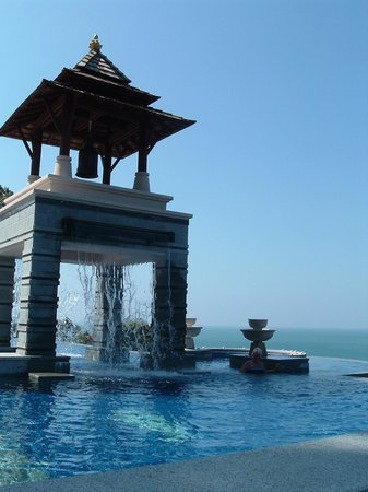"""Pimalai Resort and Spa: The """"tower"""" waterfall in the pool on the new part of the hotel"""