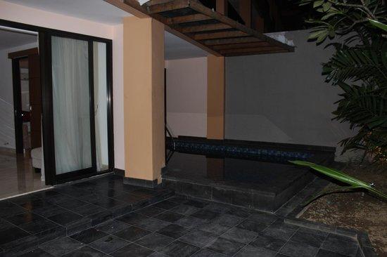 Park Regis Kuta Bali : Private pool area