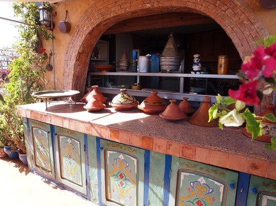 Riad Le Mazagao : cuisine en terrasse