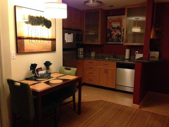 Residence Inn Fredericksburg: Kitchen area - Room #327