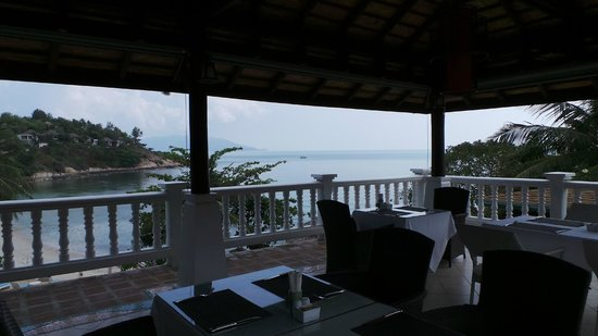 Arayaburi Boutique Resort : Vue du restaurant