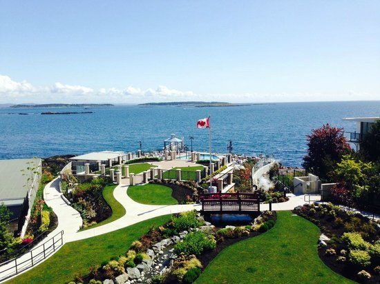 Oak Bay Beach Hotel : Yup - stunning!