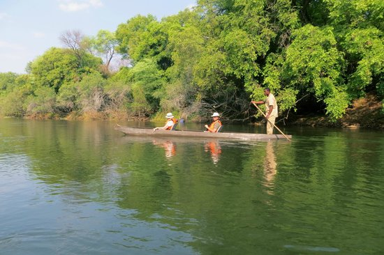 Divava Okavango Resort & Spa : During our ride to the waterfalls