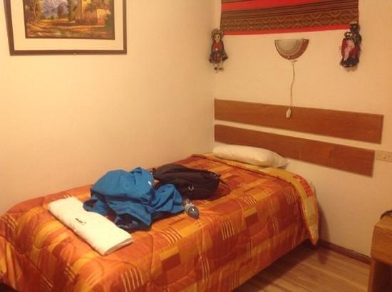 Encanto Hotel: bed