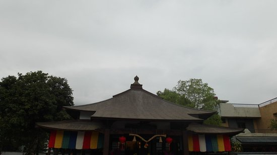 Hualian Jian Shrine