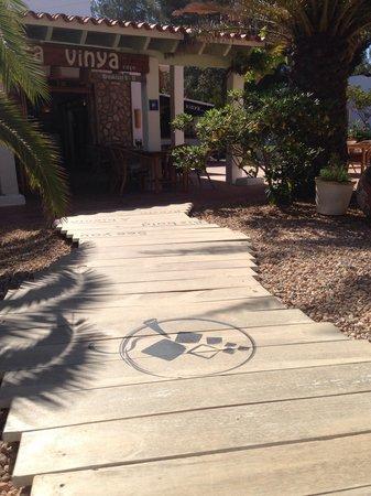Hostal Mayans: Cafetería sa vinya café