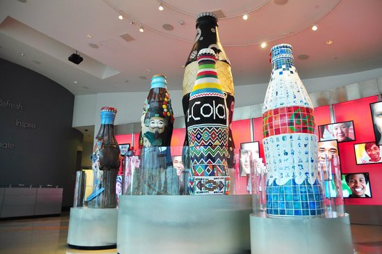 World of Coca-Cola: Lobby display