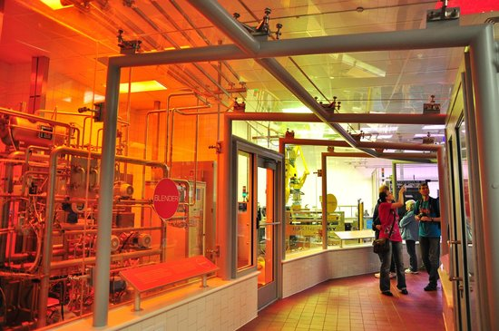 World of Coca-Cola: Bottling area