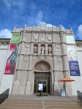 San Diego Museum of Art: 建物正面