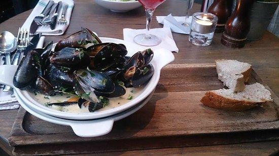 Indigo Yard: Starter - Mussels