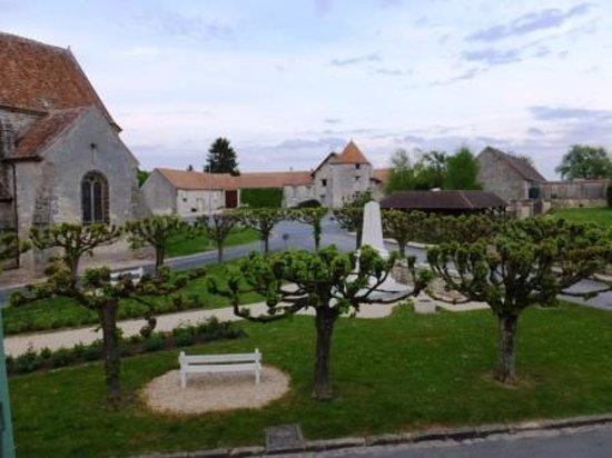 Le Presbytere du Clos Saint Nicolas: View from our window.