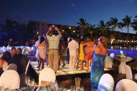 Dreams Riviera Cancun Resort & Spa: Night life