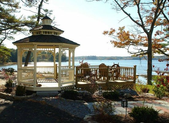 Sheepscot Harbour Village Resort & Spa: Watefront Resort