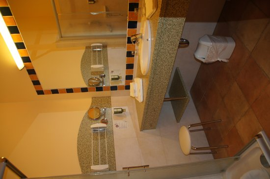 Thermenhotel Puchas Plus Stegersbach: Zimmer