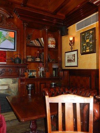 IRISH CORNER NATION - Intérieur du pub