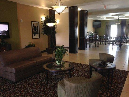 La Quinta Inn & Suites New Iberia: Lobby