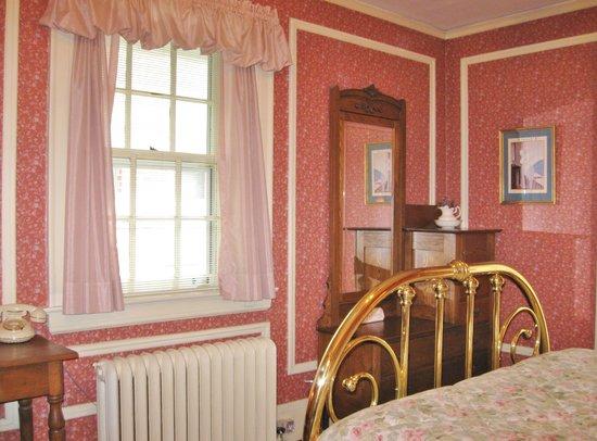 Hall House: Borgman Suite