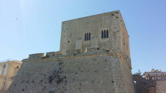 Torre Cabrera: Veduta dalla spiaggetta