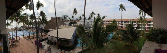 Crown Paradise Club Puerto Vallarta: BALCONY