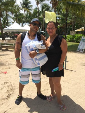 Courtyard by Marriott Isla Verde Beach Resort: at the hotel beach
