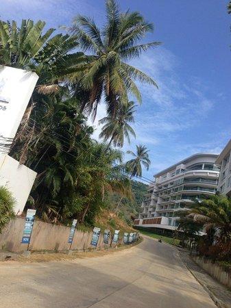 Karon Hill Condo: Condominium Entrance