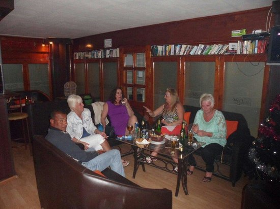 The Lounge : New year holiday