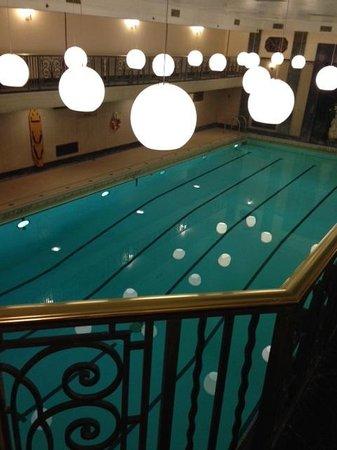 Fairmont Chateau Laurier: Art Deco Pool