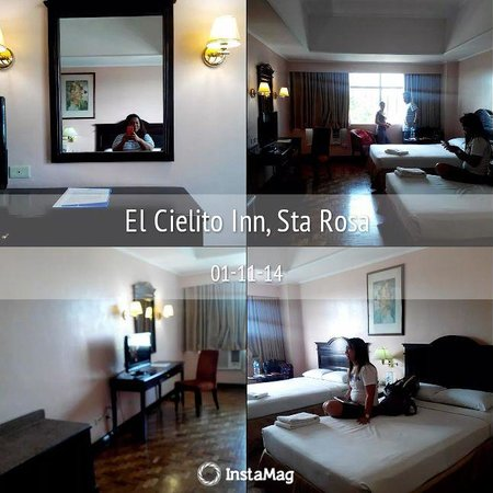 El Cielito Hotel Santa Rosa: Our Room with my hubby and two friends :)