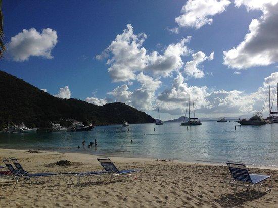Sugar Mill Hotel: Cane Garden Bay - Beautiful beach, restaurants/bars/happy hour.