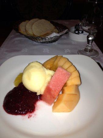 Wynn's Hotel: Dessert