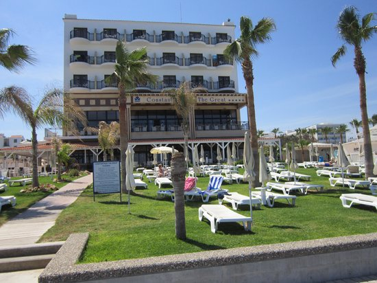 Constantinos the Great Beach Hotel: hotel from beach
