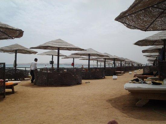 The Makadi Palace Hotel: The Beach