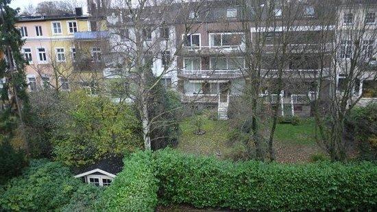 Eilenau Hotel: Garden view from a standard room