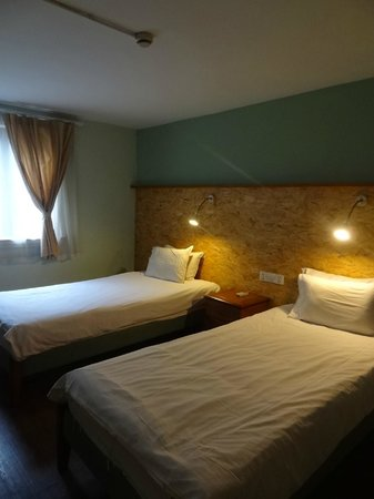Mingtown Nanjing Road Youth Hostel: Double room