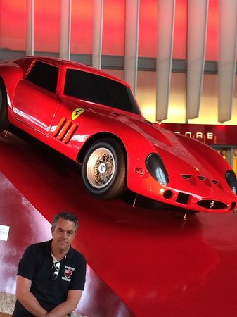 Ferrari World Abu Dhabi : Great venue if your into red cars ;)