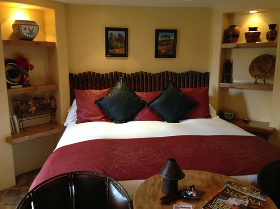 The Suites at Sedona : Our room