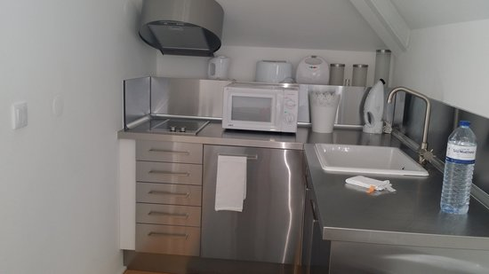 Portas Do Sol Apartments: Kitchen