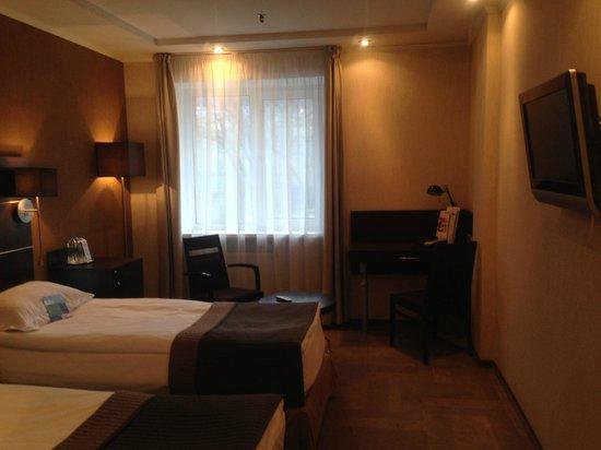 Park Inn Sadu: twin room