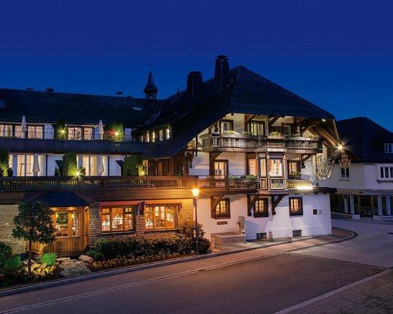 Hotel Adler Haeusern : Hotel Adler Häusern, Exterior