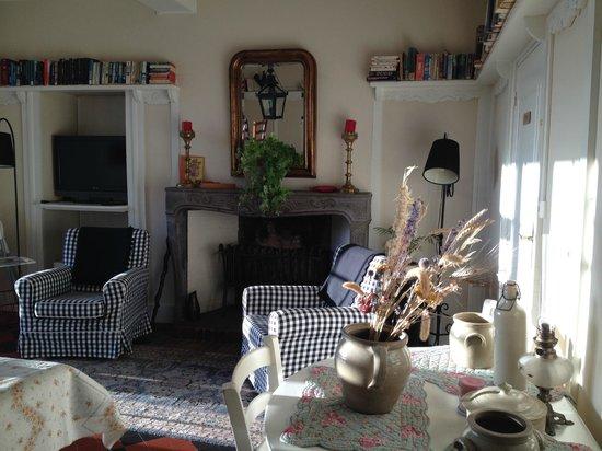 Domaine Les Gandins : salle des déjeunés