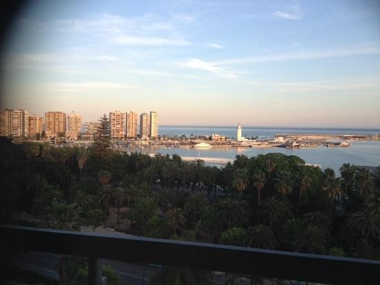 AC Hotel Malaga Palacio: Vistas del muelle