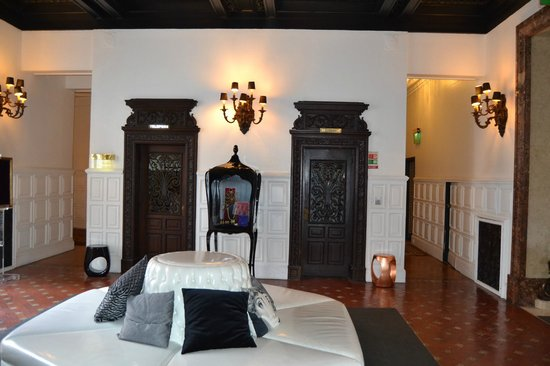 Hotel Infante Sagres : ascenceur