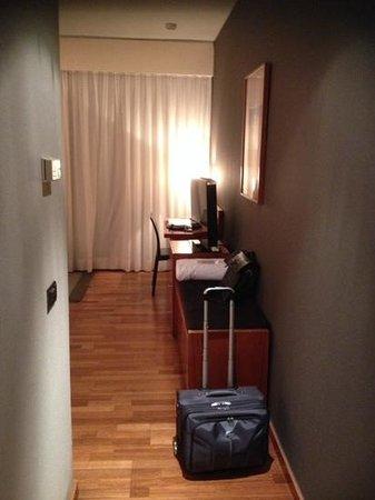 AC Hotel Malaga Palacio: Habitación