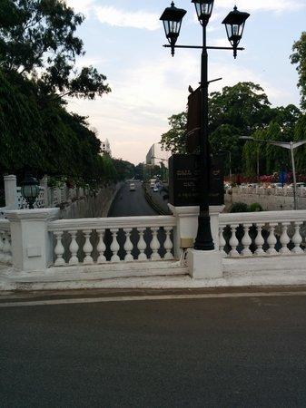 ITC Windsor, Bengaluru : Iconic Windsor Bridge