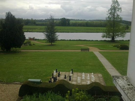 Henley Business School: A lecture room with a view