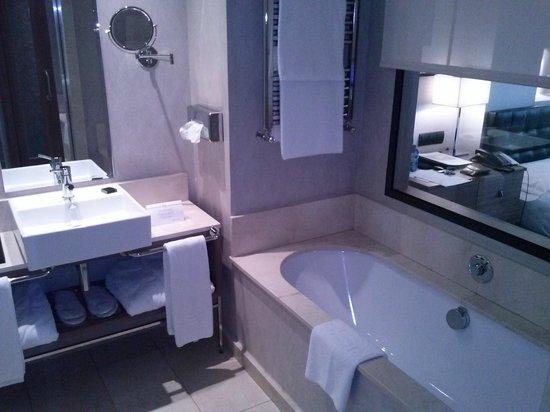 Hotel Zen Balagares: baño
