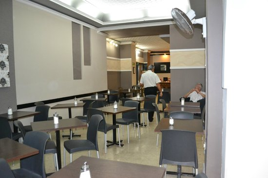 Europa Hotel: кафе